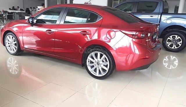 Bán xe Mazda 3 1.5 AT sản xuất 2018, màu đỏ, giá chỉ 659 triệu