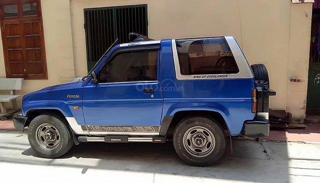 Cần bán gấp Daihatsu Feroza 1.6 MT 1995, màu xanh lam, nhập khẩu