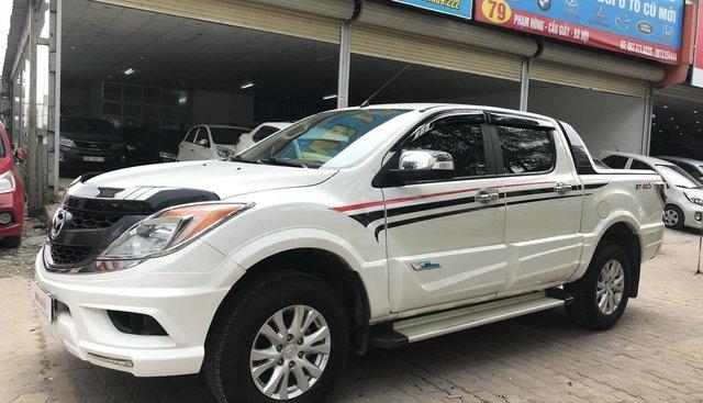 Bán xe Mazda BT 50 3.2 4x4 AT sản xuất 2014, màu trắng, nhập khẩu nguyên chiếc