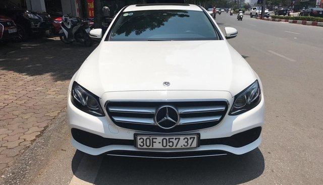 Mercedes Benz E250 đăng ký 2018 trắng