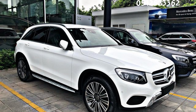 Bán Mercedes GLC 250 4Matic 2019 đủ màu, vay 90%, giao xe ngay - LH 0912523362