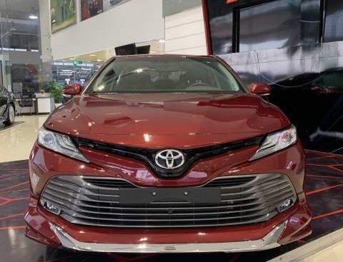 Bán ô tô Toyota Camry đời 2019, màu đỏ, nhập khẩu