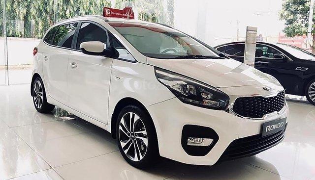 Bán xe Kia Rondo GMT năm 2019, màu trắng, 609 triệu