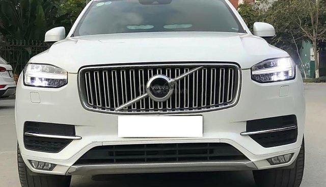Bán Volvo XC90 Insription 2017, màu trắng, nhập khẩu
