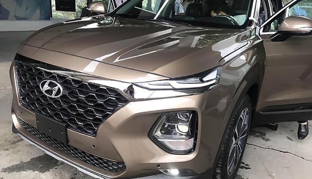 Hyundai Vinh bán Hyundai Santa Fe 2.2L HTRAC năm 2019, màu nâu