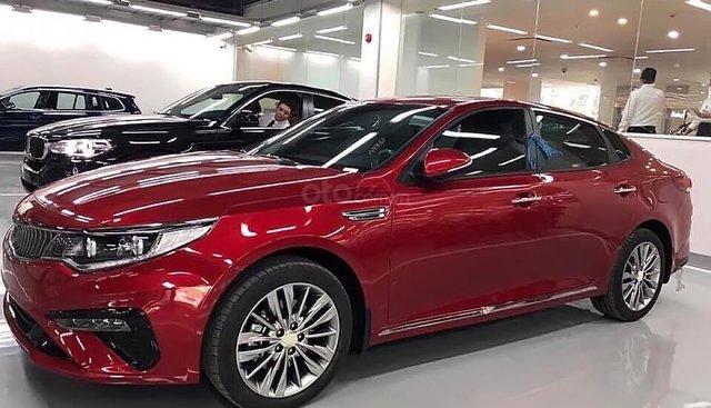 Bán Kia Optima 2.0 AT 2019 màu đỏ, số tự động