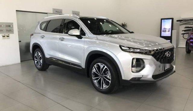 Cần bán Hyundai Santa Fe đời 2019, màu bạc