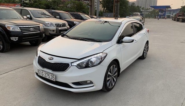 Kia K3 2.0 đời 2014, màu trắng