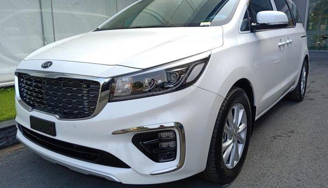 Cần bán xe Kia Sedona Platinum D 2019, màu trắng. Giảm giá, tặng phụ kiện - Kia Bình Dương