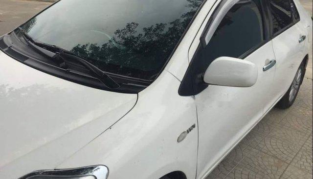 Cần bán Toyota Vios 2009, màu trắng