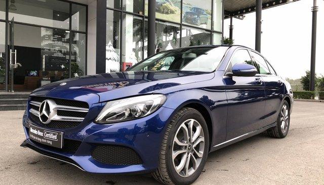 Cần bán Mercedes C200, màu xanh nội thất đen