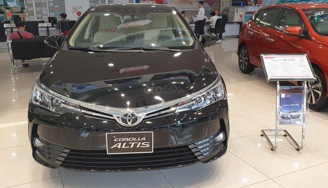 Toyota Altis 1.8G giao ngay, chiết khấu tiền mặt trực tiếp, lắp đặt phụ kiện chính hãng