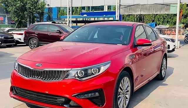Bán Kia Optima FL 2.0 AT 2019, xe lắp ráp trong nước, bản Sedan, xe màu đỏ, nội thất màu kem