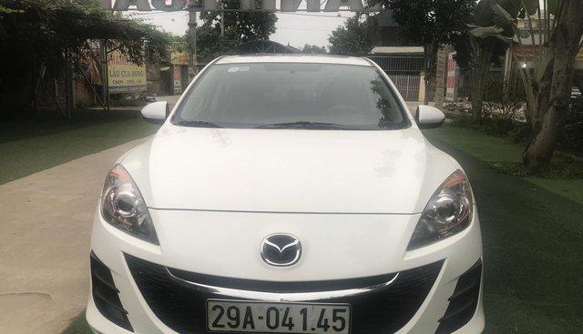 Bán Mazda 3 1.5 AT, sản xuất 2010, màu trắng
