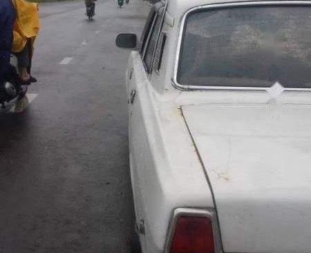 Bán xe Gaz Volga đời 1990, màu trắng, nhập khẩu
