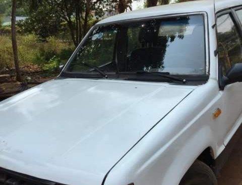Bán xe Mitsubishi L200 đời 1996, màu trắng, nhập khẩu nguyên chiếc, giá tốt