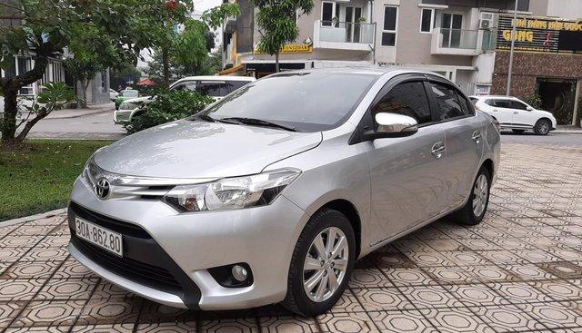 Cần bán lại xe Toyota Vios E 1.5MT năm sản xuất 2015, màu bạc, giá chỉ 452 triệu