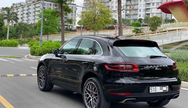 Bán xe Porsche Macan sản xuất 2017, màu đen xe nhập