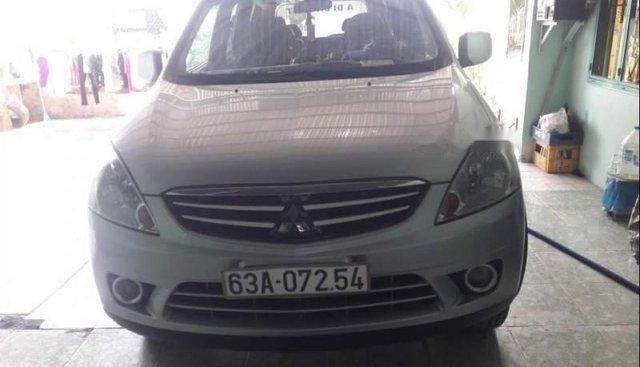 Bán gấp Mitsubishi Zinger 2009, màu bạc, nhập khẩu nguyên chiếc