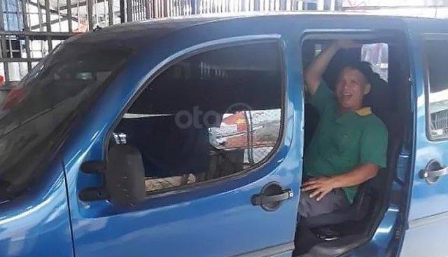 Cần bán gấp Fiat Doblo 1.6 sản xuất 2003, màu xanh lam