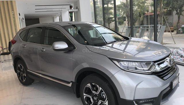 Giao ngay Honda CR V L màu bạc, tặng: Bảo hiểm/gói phụ kiện cao cấp/tiền mặt, LH 0933.683.056 để nhận báo giá tốt
