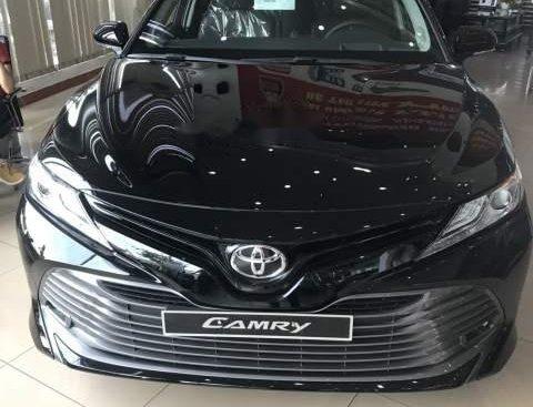 Cần bán xe Toyota Camry 2.5Q đời 2019, màu đen, xe nhập