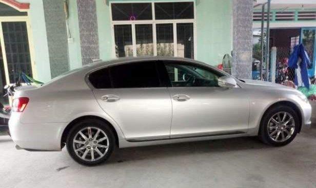 Cần bán lại xe Lexus GS 300 2005, màu bạc, xe nhập chính chủ