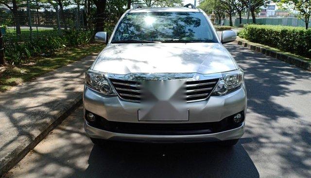 Bán Toyota Fortuner 2.7V năm 2013, xe ông già đi sử dụng kĩ, bán giá 675 triệu