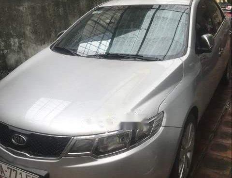 Cần bán xe Kia Forte năm 2009, màu bạc, xe nhập