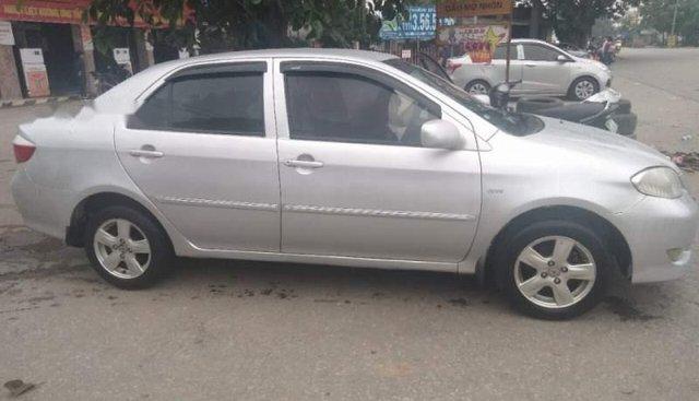 Cần bán Toyota Vios MT sản xuất năm 2005, màu bạc