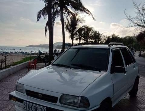 Bán Kia CD5 sản xuất năm 2002, màu trắng, tay lái trợ lực, kính điện, ga côn số nhẹ nhàng