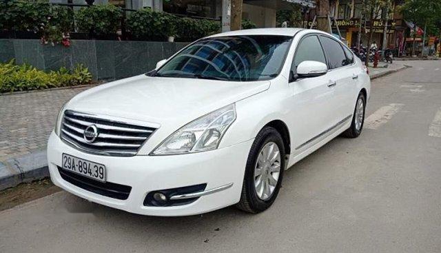 Bán Nissan Teana 2.0 AT 2009, màu trắng, nhập khẩu chính chủ
