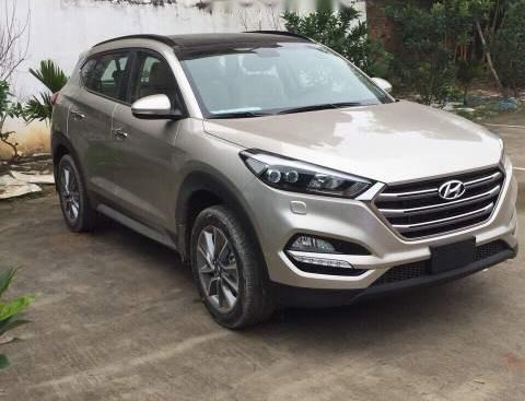 Cần bán Hyundai Tucson AT đời 2018, giá tốt