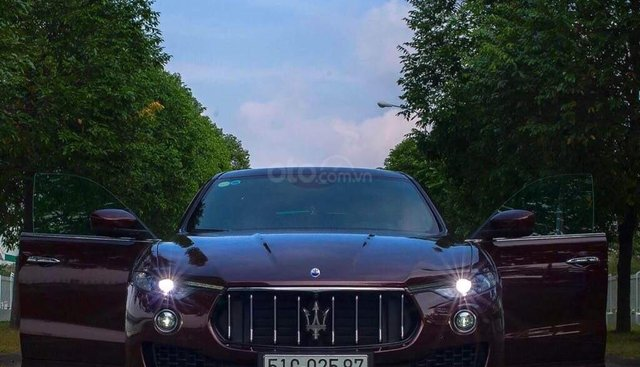 Bán xe Maserati Levante sản xuất năm 2017, xe nhà sử dụng đang còn mới tinh