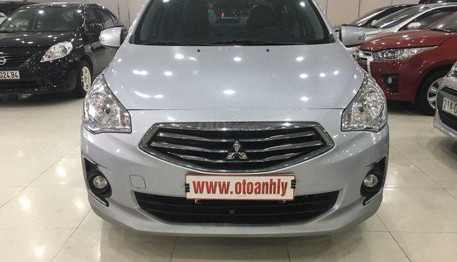 Cần bán Mitsubishi Attranger sản xuất 2017, màu bạc, nhập khẩu nguyên chiếc, 395tr