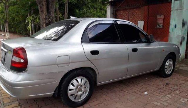 Bán xe Daewoo Nubira sản xuất năm 2002, màu bạc, nhập khẩu