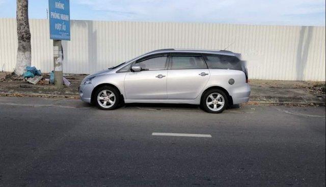 Cần bán lại xe Mitsubishi Grandis đời 2009, màu bạc chính chủ