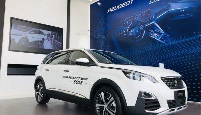 Bán Peugeot 5008 đời 2019, màu trắng, ưu đãi lớn