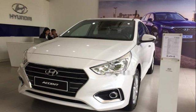 Bán ô tô Hyundai Accent 1.4MT đời 2019, màu trắng, giá chỉ 438 triệu
