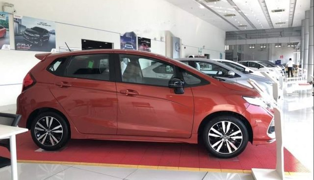 Bán Honda Jazz đời 2019, màu đỏ, nhập khẩu, giao xe ngay