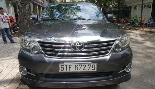 Cần bán xe Toyota Fortuner 2013 máy xăng, xe mới 90%, LH 0913715808 - 0913892465