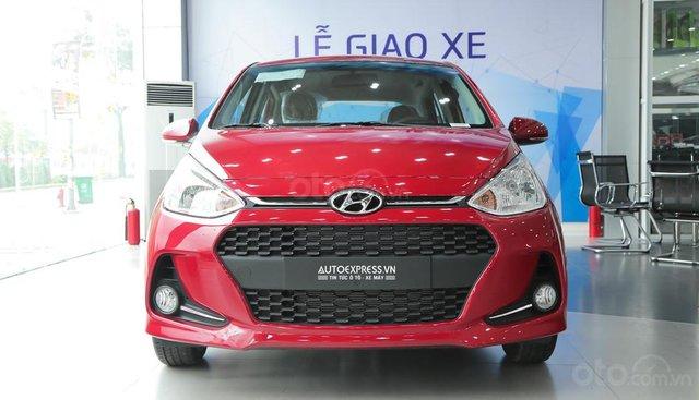 Bán Hyundai Grand i10 GLS sản xuất 2019, màu đỏ, giá 388tr, giao ngay