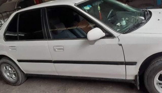 Bán Honda Accord đời 1993, màu trắng, nhập khẩu