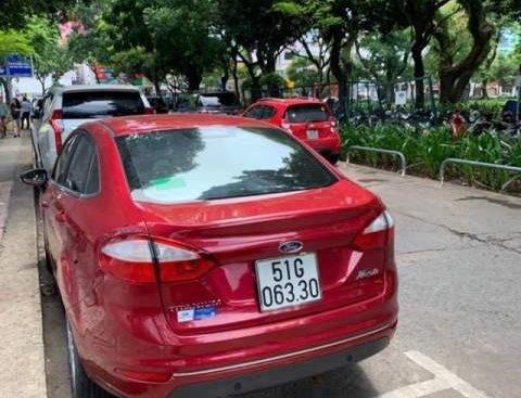 Cần bán Ford Fiesta 1.5L AT Titanium năm sản xuất 2018, màu đỏ còn mới