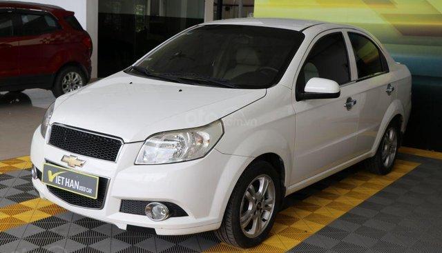 Bán Chevrolet Aveo sản xuất năm 2014, màu trắng
