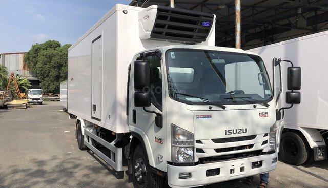 Bán xe Isuzu NQR550 thùng đông lạnh sản xuất năm 2019, nhập khẩu 3 cục mới 100%