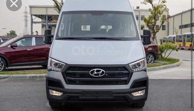 Bán xe Hyundai Solati 16 chỗ 2019, giao ngay trong ngày