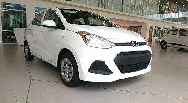 Hyundai Grand I10 Sedan trắng lấy xe ngay chỉ với 130tr, lãi suất chỉ 0.75%/ tháng, hỗ trợ đăng ký Grab. LH: 0903175312