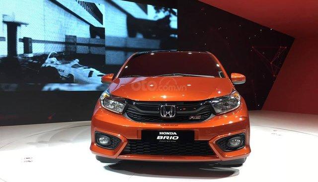 Bán Honda Brio RS Cam giao liền, vAY NGÂN HÀNG BAO ĐẬU, TẶNG: Tiền mặt và Phụ kiện khủng