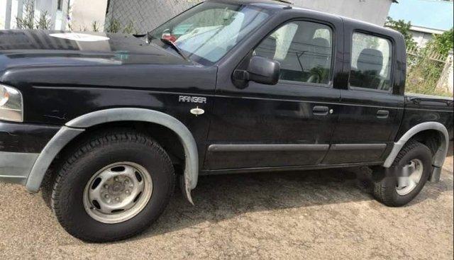 Cần bán Ford Ranger đời 2005, màu đen, nhập khẩu còn mới